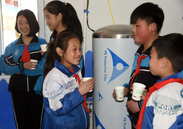 China to prioritize safe drinking water for poor farmers
