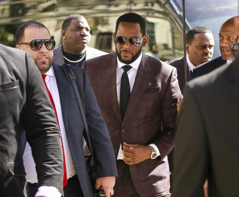 R. Kelly's lawyers ask judge to dismiss sex abuse lawsuit