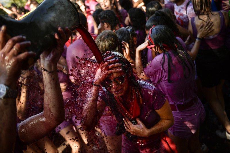 Spanish town hosts annual wine battle
