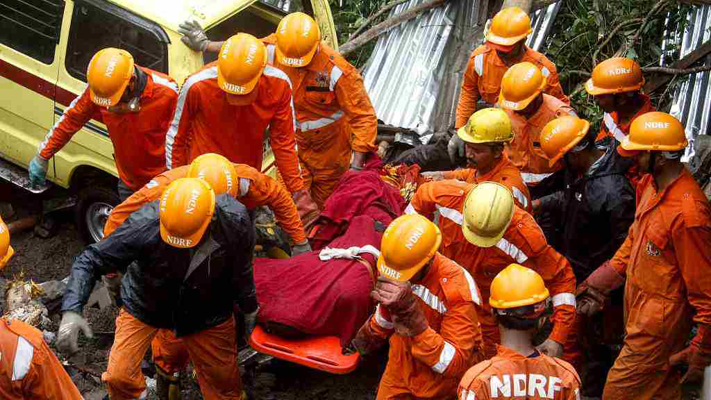 Four kids among 15 killed in India wall collapse