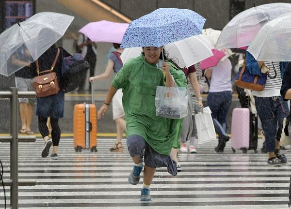 Over 1 mln people advised to evacuate amid heavy rainfall in Japan