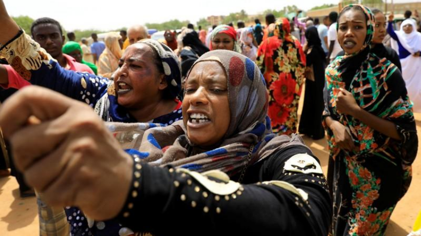 Hundreds gather across Nile from Khartoum after deadly clashes