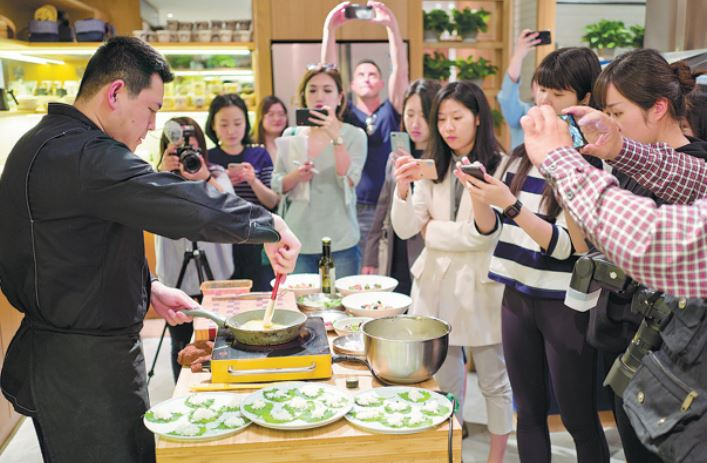 Fast-paced lives pave way for alternative food