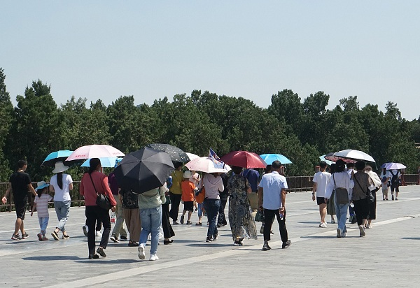 North China province issues alert for high temperature