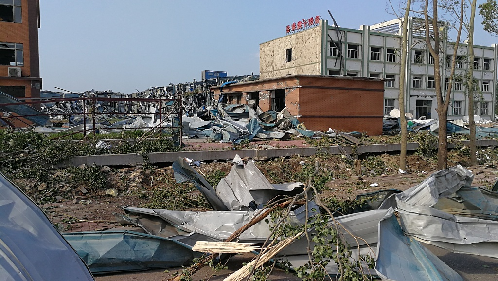 Rescue underway as deadly China tornado affects 9,900