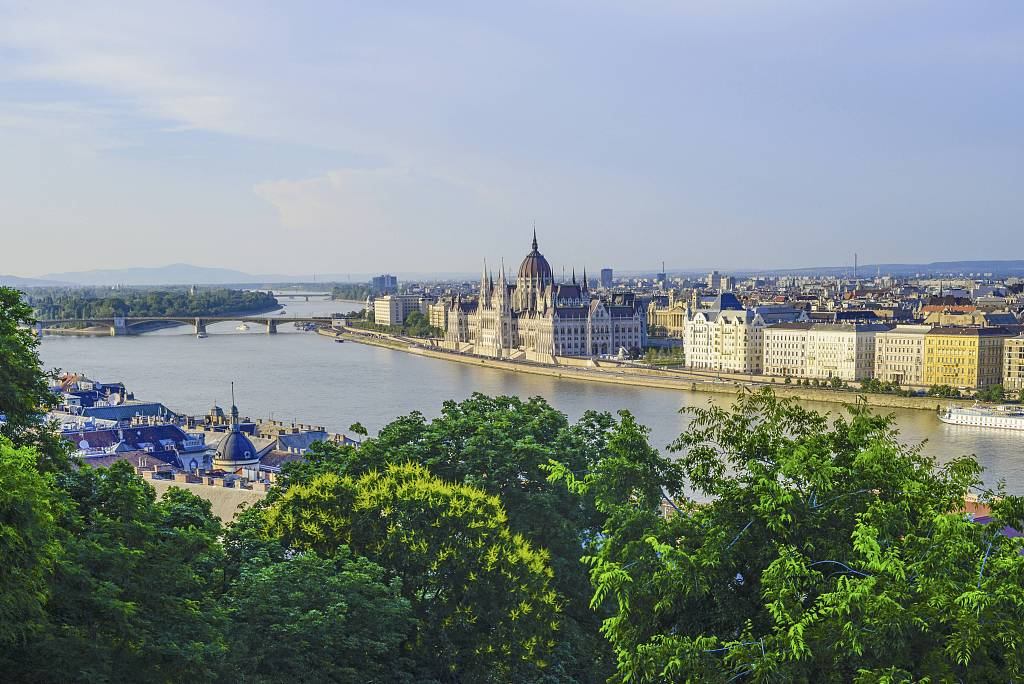 Hungary welcomes more tourists from China, eyes further expansion