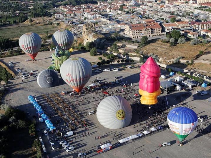 Balloon festival held in Cappadocia, Turkey