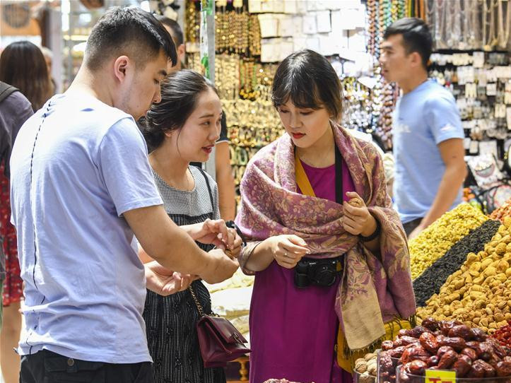 Tourism in Xinjiang develops rapidly in recent years