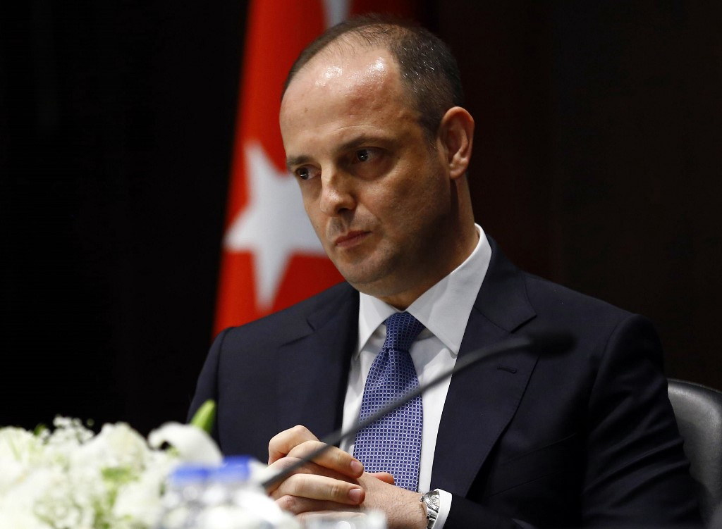Turkey removes central bank governor
