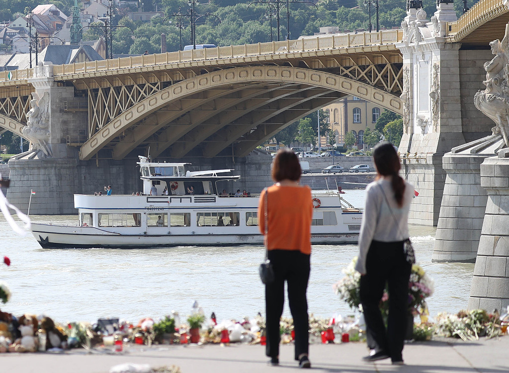 Another victim of Budapest tourist boat disaster found, identified