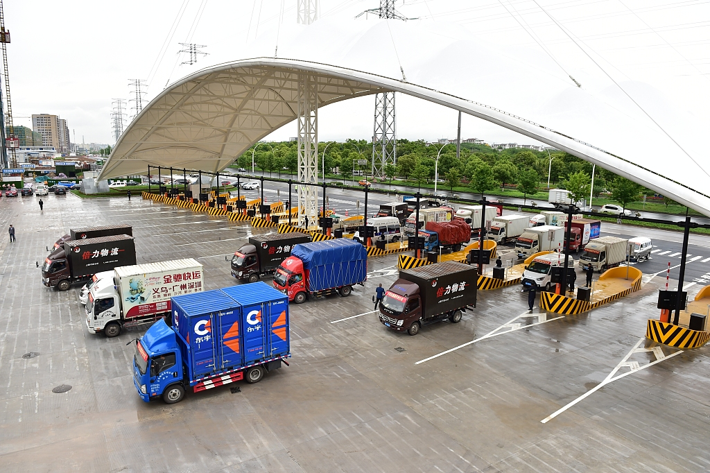China's logistics sector continues to expand
