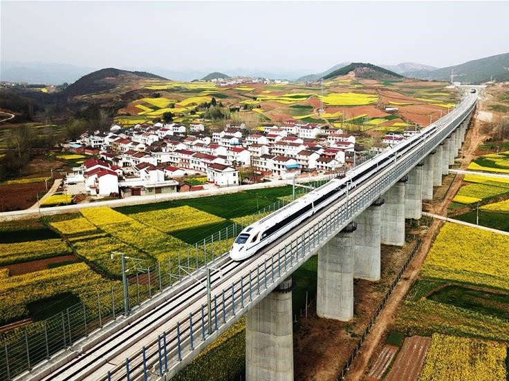 China's high-speed rail offers model for other countries