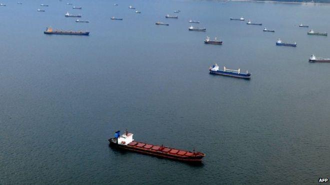 oil tankers in Strait of Malacca.jpg