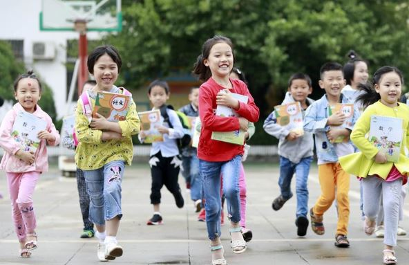 China to promote labor education in schools