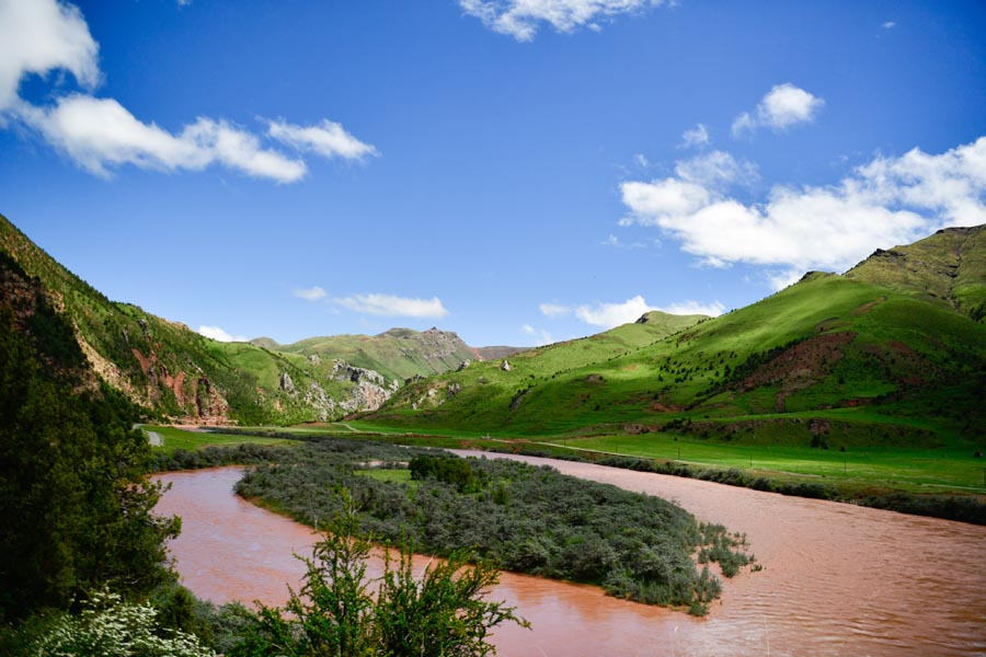 Qinghai's Sanjiangyuan: Bluer water, greener mountains