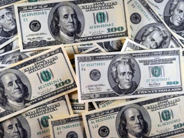 US dollar weakens amid Powell's downbeat tone on economy